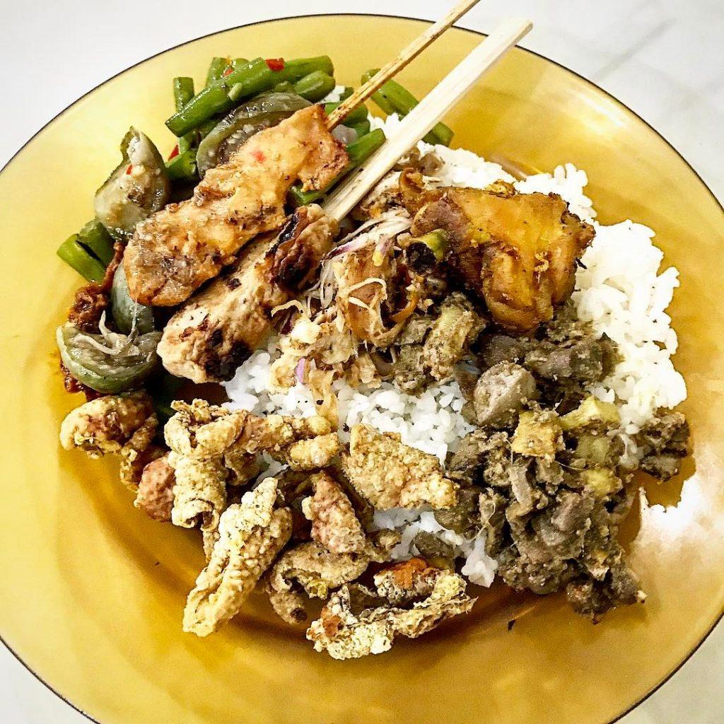Nasi Campur Ayam Continue reading rarr